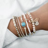 Fall in love with this Love Heart Hamsa Bracelet